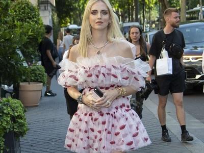 BeautySpy: Η Κιάρα Φεράνι με Giambattista Valli στο Παρίσι