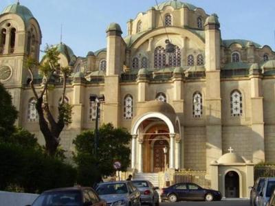 Ο Ναός της Πάτρας που χτίστηκε στα πρότυπα της Αγιά Σοφιάς κι από τον τρούλο του φτιάχτηκαν βόλια για την επανάσταση του 1821