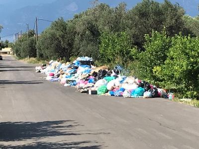 Πάνε Εισαγγελέα αν δεν βρεθεί άμεσα λύση με τα σκουπίδια στις Καμάρες