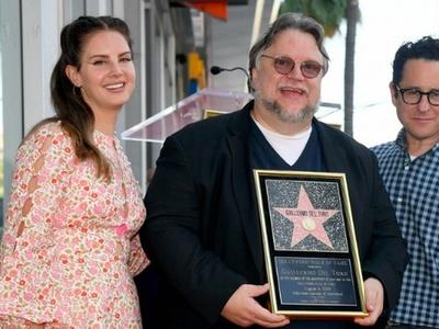 Ο Γκιγιέρμο Ντελ Τόρο πήρε τη δική του θέση του στο περίφημο Walk of Fame