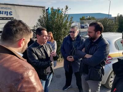 Στις εργασίες συντήρησης της παλαιάς εθνικής οδού, στο Αίγιο, ο Περιφερειάρχης Ν. Φαρμάκης