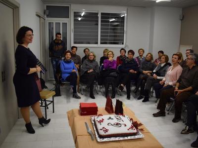 Εν μέσω ασμάτων έκοψε την Πρωτοχρονιάτικη πίτα της η χορωδία της Κοινο_Τοπίας