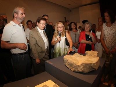 Η Λ. Μενδώνη εγκαινίασε την αρχαιολογική...