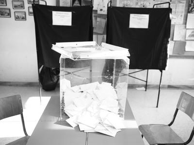Στο δρόμο για το Πρωτοδικείο της Πάτρας τα ψηφοδέλτια