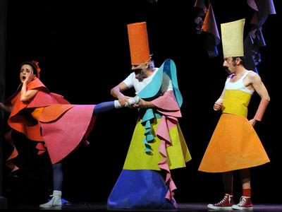 """Εθνικό Θέατρο: οnline από του """"Κουτρούλη o γάμος"""" μέχρι """"Συρανό"""""""