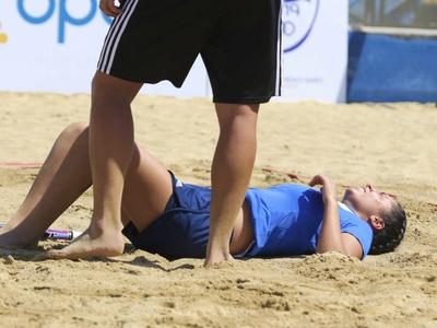 Beach Tennis: Λιποθύμησε, συνήλθε, θριάμβευσε!