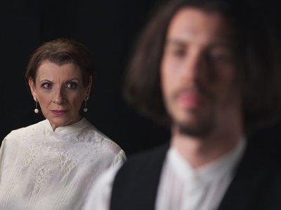 Η Μαρία Κανελλοπούλου υποδύεται στο θέατρο τη σύντροφο του Μαρξ, Τζένη