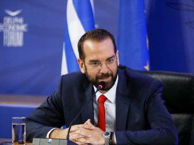 Ο Νεκτάριος Φαρμάκης στο Οικονομικό Φόρο...
