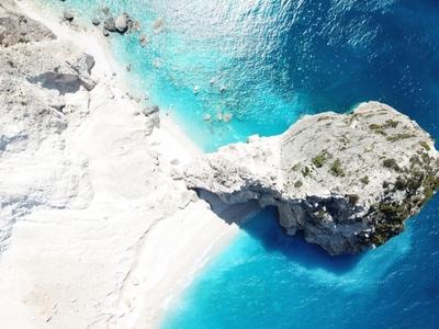 Μυζήθρες: Η παραλία της Ζακύνθου με το π...