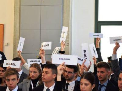 Αρσάκεια Πατρών: Με επιτυχία οι εργασίες του 5ου Διεθνούς Μαθητικού Συνεδρίου