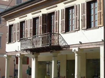 """Το ιστορικό """"τετράγωνο"""" των κτηρίων της Αγίου Νικολάου στην Πάτρα"""