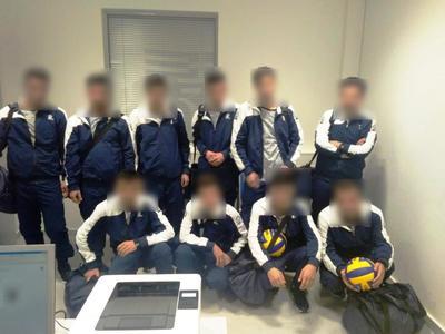 Προσπάθησαν να φύγουν από το αεροδρόμιο ντυμένοι αθλητές