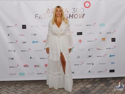 Η Κωνσταντίνα Σπυροπούλου στην Πάτρα, σε μια εντυπωσιακή επίδειξη μόδας