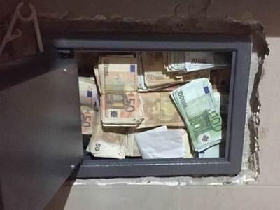 Απίστευτο: είχε στο ιατρείο 200.000 ευρώ- Τώρα δεν τα έχει, τού τα έκλεψαν