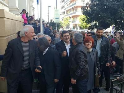 AΘΩΟΣ παμψηφεί ο Δήμαρχος Πατρέων,Κώστας Πελετίδης στη δίκη με την Χρυσή Αυγή-ΒΙΝΤΕΟ μετά τη δικαίωση-ΝΕΕΣ ΦΩΤΟ