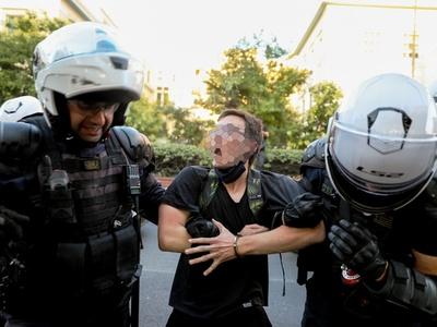 Τι λέει η Αστυνομία για τα επεισόδια στην ΑΣΟΕΕ