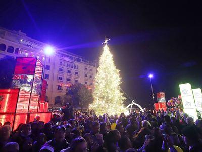Θεσσαλονίκη: Τους πήγαν στο Τμήμα επειδή...