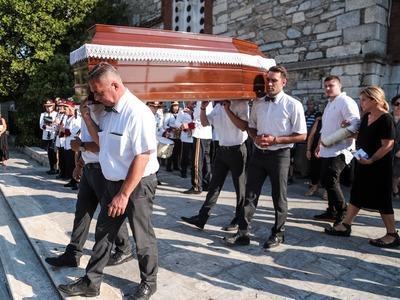 Κηδεύτηκε ο ηρωικός ψαράς Κώστας Αρβανίτης
