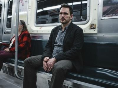 «Nimic», η νέα μικρού μήκους ταινία του Γιώργου Λάνθιμου, με πρωταγωνιστή τον Μάτ Ντίλον