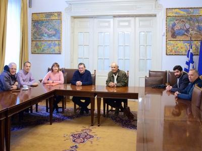 Συνάντηση της Επιτροπής για το Κολυμβητήριο της Αγυιάς με τον Κώστα Πελετίδη