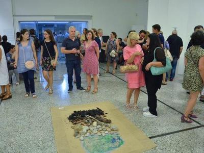 """Παρουσία πολλών φιλότεχνων τα εγκαίνια της ομαδικής έκθεσης """"Δρόμοι της Θάλασσας"""" -Φωτο"""