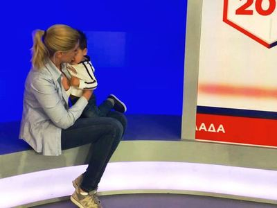 Η Σία Κοσιώνη ψήφισε μαζί με τον γιο της
