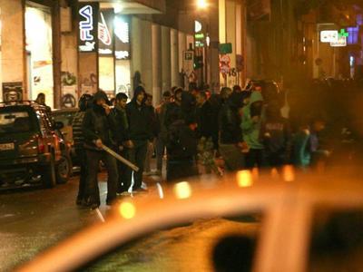 """Πάτρα:Ένταση από αντιεξουσιαστές στο κέντρο της Πάτρας - Έριξαν μολότοφ στον """"Γερμανό"""""""