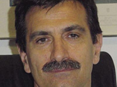 Πάτρα: Συνταξιοδοτήθηκε ο καθηγητής Ουρολογίας, Πέτρος Περιμένης