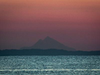 Το όρος Άθως στην ανατολή του Ηλίου από ...