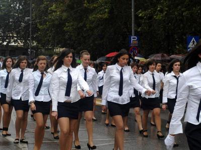 Χωρίς Φιλαρμονική έγινε η σημερινή παρέλαση στο Αίγιο