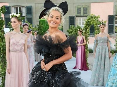 ΒeautySpy: Ρίτα Ορα με couture τούλια Giambattista Valli στη Γενεύη