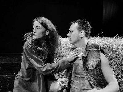 """Πέντε τελευταίες παραστάσεις για το """"Άνθρωποι και Ποντίκια"""" στο Δημοτικό Θέατρο Απόλλων"""