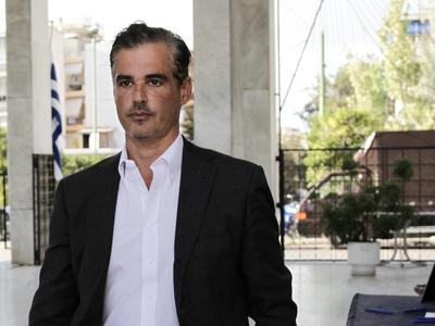 Ο Άρης Σπηλιωτόπουλος κατά Μητσοτάκη και...