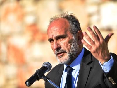 Περιφέρεια: Ποιοι προηγούνται στην παράταξη Κατσιφάρα – Αναλυτικά οι σταυροί