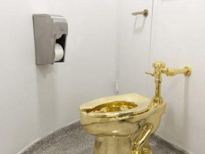 Μια... τουαλέτα από χρυσό 18 καρατίων εκλάπη από το Ανάκτορο Μπλένιμ