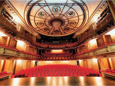 """23.500 θεατές είδαν διαδικτυακά τον """"Μακμπέθ"""" του Εθνικού Θεάτρου την Παρασκευή"""