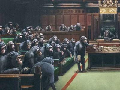 Σε πλειστηριασμό το εμβληματικό έργο του Banksy με τους χιμπαντζήδες στη βρετανική βουλή