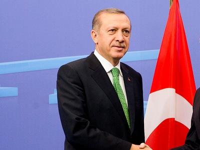 Ο Ερντογάν ζητά συνεργασία των χωρών της...