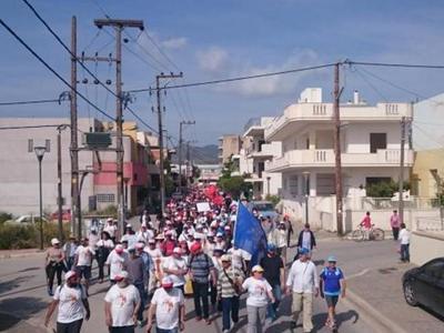 Στην Ελευσίνα κατευθύνεται σήμερα η πορεία του Δήμου Πατρέων για την ανεργία- ΔΕΙΤΕ ΦΩΤΟ- Λεωφορεία από τις 7 αύριο το πρωί για τη διαμαρτυρία στο Σύνταγμα