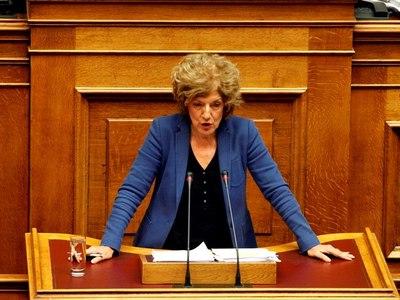 Σία Αναγνωστοπούλου: Η ΝΔ θέλει να καλύψει πρόσωπα που κόστισαν στο δημόσιο