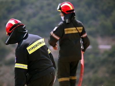 Δύο φωτιές σε Μπούκα και Φώσταινα - Πέντε από χθες στη Δυτ. Αχαΐα