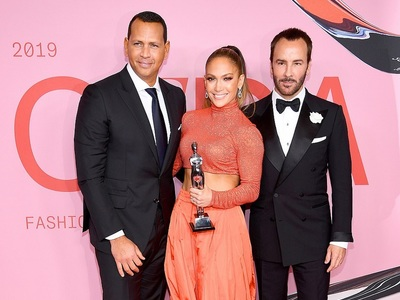 """Fashion Icon"" ανακηρύχθηκε η J Lo στη γιορτή της αμερικάνικης μόδας"