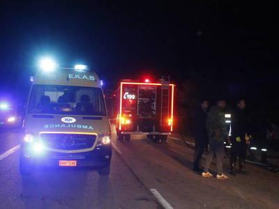Τραγωδία στην Πατρών - Πύργου: Νεκροί δύο 25χρονοι - Στο νοσοκομείο μεταφέρθηκε μία κοπέλα