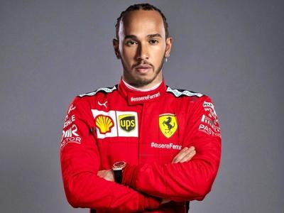Φουντώνουν οι φήμες για Χάμιλτον και... Ferrari!
