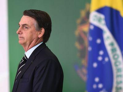 Βραζιλία-Κορωνοϊός: Ο υπουργός Υγείας επισκιάζει τον Μπολσονάρου σε ποσοστά δημοτικότητας