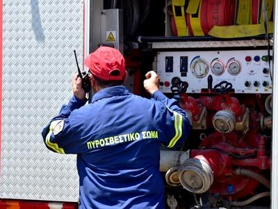 Φωτιά σε σπίτι στην πλατεία Μαρκάτου της Πάτρας