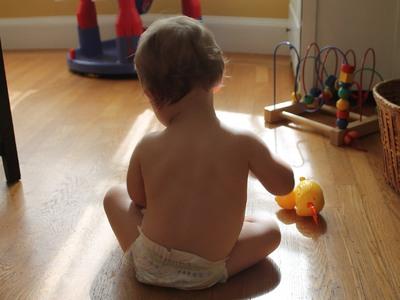 Παιδί και ατυχήματα στο σπίτι: Τι να προ...