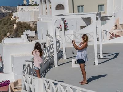 Κάθε τουρίστας που επισκέφθηκε την Ελλάδα πέρυσι άφησε πίσω του 2 κιλά ... σκουπίδια!