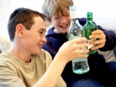 Παιδιά με τάσεις αλκοολισμού