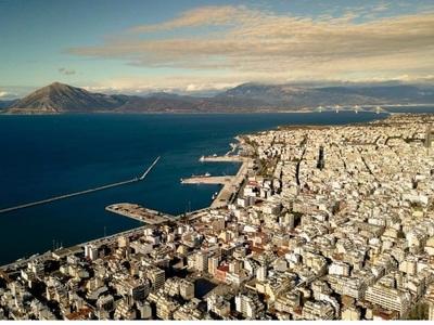 Οι επιδόσεις της Πάτρας στις επιχειρήσεις, τις κατασκευές και τον τουρισμό-Που είμαστε ψηλότερα κι από την Αυστρία;